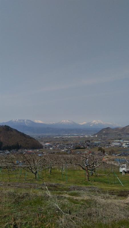 高山村水中からの北信五岳