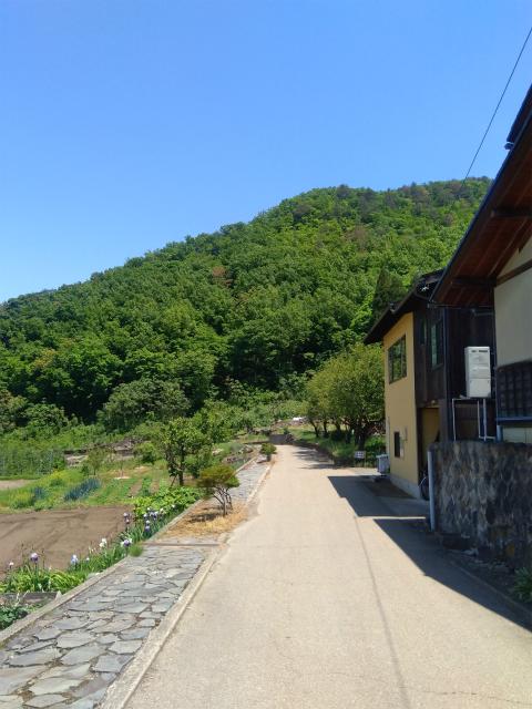 浄光寺から岩松院へ