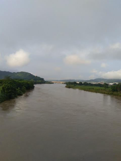 飯山中央橋から千曲川