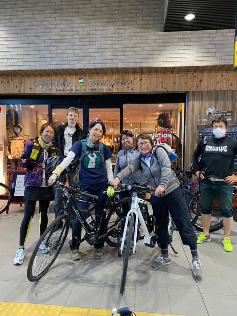 maaruなべくらサイクリングツアー飯山駅到着
