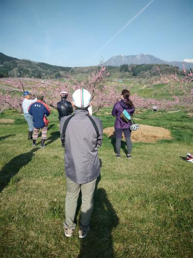 丹霞郷ライド桃畑説明を眺める