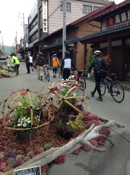 飯山巨木を巡るサイクリング お祭り会場はおして