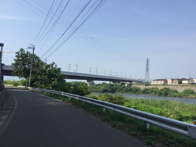 立ヶ花から見る北陸新幹線の橋