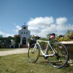 サンクゼール教会とロードバイク